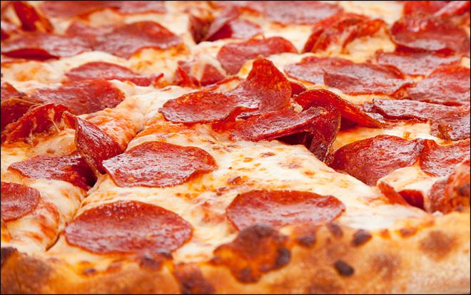 Pizza de salchichón.